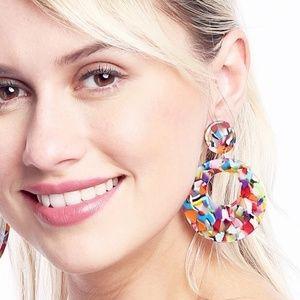CLOSET REHAB Jewelry - Open Circle Pendant Drop Earrings in Amber